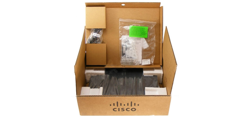unboxing view of WS-C2960+24PC-L